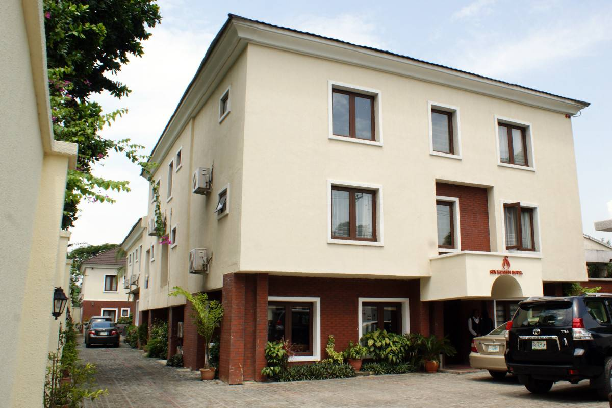 Sunheaven Hotel And  Resorts