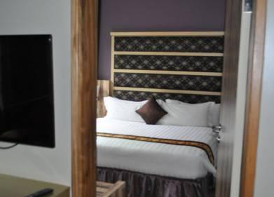 Arcadia Suites Hotel Picture