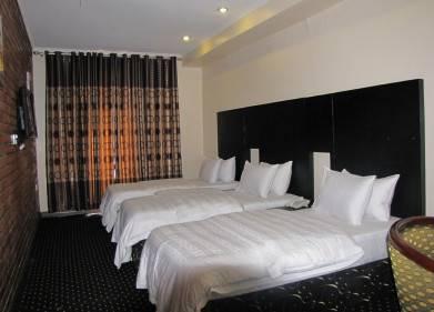 Stipp Hotel Kiyovu Picture