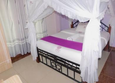 Sunaton Hotel Picture