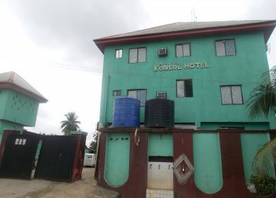Konsol Hotel L.T.D Picture