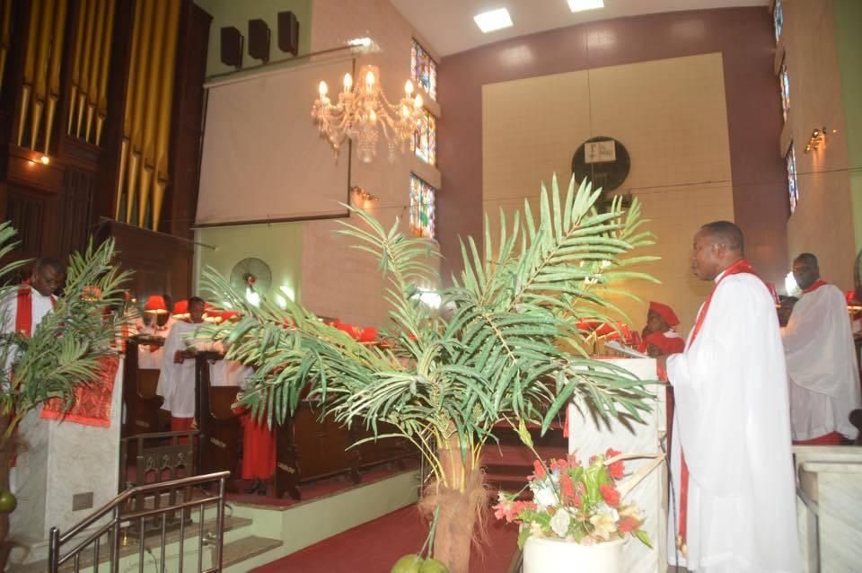 St. John Church Anglican, Aroloya