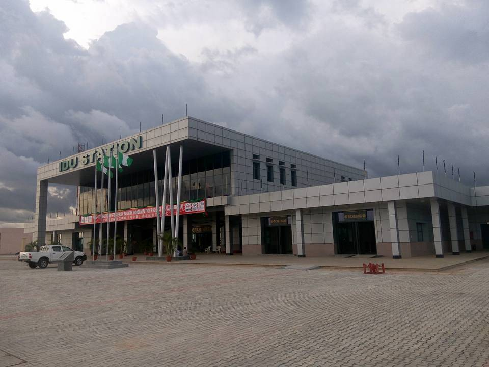 Idu Station
