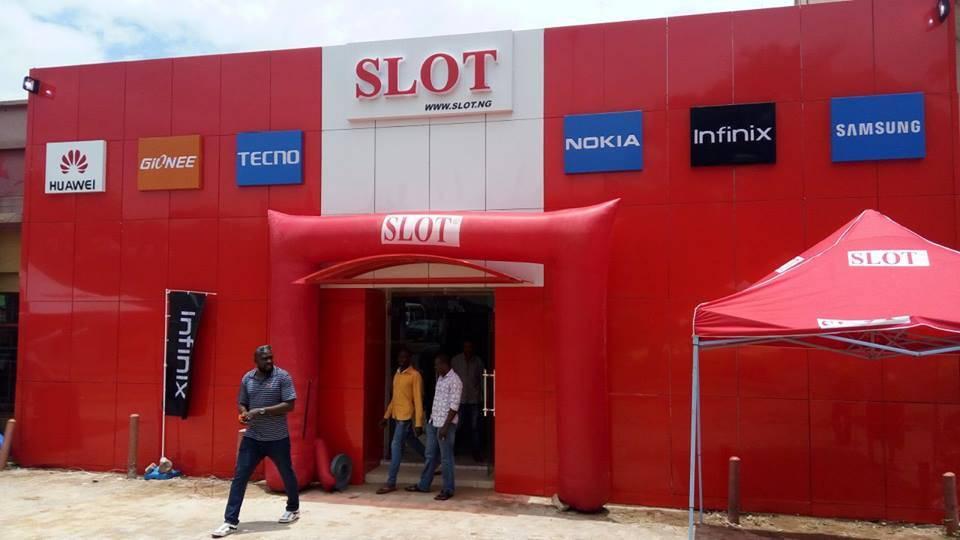 Slot, Warri