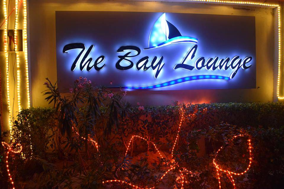 Bay Lounge1