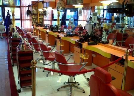Bold and Beautiful Salon4