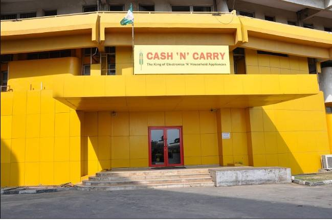 Cash 'N' Carry, Ajah