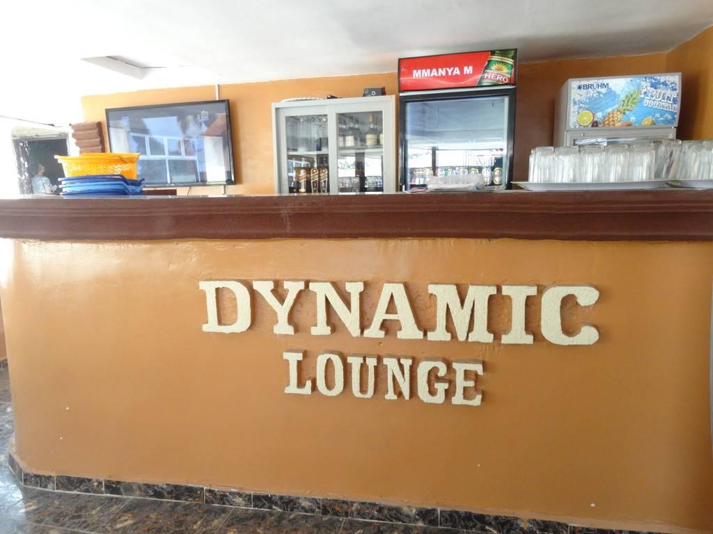 Club 15 and Dynamic Lounge4