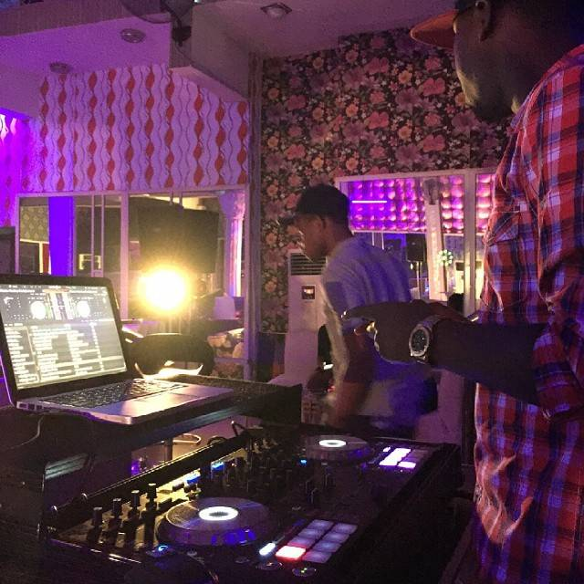 Play House Lounge5